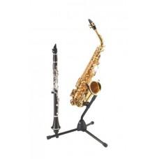 KM 14300 saxofon a k tomu jsou možné dokoupit i přídavné trny na další nástroje